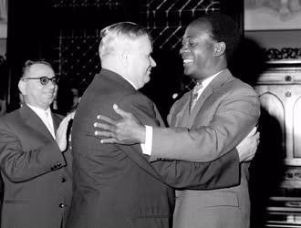 Külkapcsolat - A ghánai elnök kitüntetése