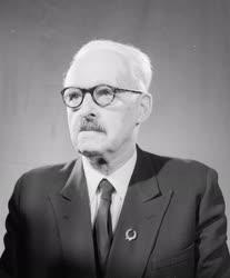 Díj - Orvostudomány - Rusznyák István orvos, egyetemi tanár