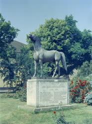 Városkép - Bábolna - Lovak emlékműve