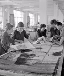 Ipar - Tervezők a Goldberger Textilművekben