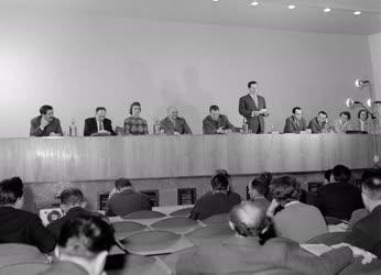 Belpolitika - Ülést tartott a Budapesti Pártbizottság