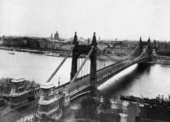 A régi Pest és Buda - A régi Erzsébet híd