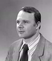 1997-es Kossuth-díjasok - Mező László