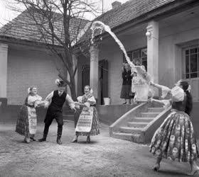 Hagyomány - Húsvéti népszokások Őrhalomban