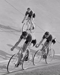 Sport - Kerékpár - Kerékpáros viadal