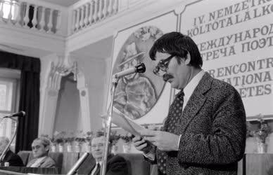 Költészet - Nemzetközi költőtalálkozó Budapesten