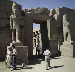 Városkép - EAK - Egyiptom - Luxor - Karnaki templom