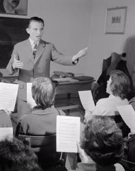 Zene - A Bajai Liszt Ferenc énekkar
