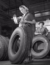 Ipar - Gumigyártás - Ruggyantaárugyár