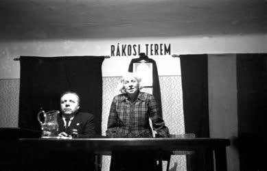Belpolitika - Berzeviczy Gizella előadást tart