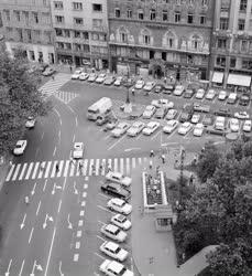 Városkép-életkép - Vörösmarty tér