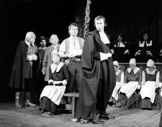 Kultúra - Színház - A salemi boszorkányok