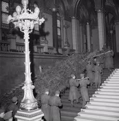 Űnnep - Karácsonyi ünnepség a Parlamentben