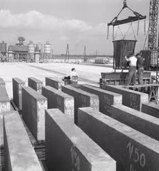 Ipar - Építőipar - Elemgyártás a kohóhabsalak épületelem-gyárban