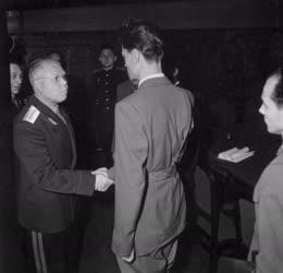 Ötvenhat emléke - Maléter Pál és Malinyin hadseregtábornok