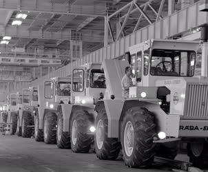 Ipar - Rába-Steiger sorozatgyártás