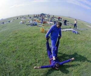 Sport - A magyar ejtőernyős válogatott felkészülése