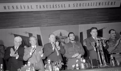 Külkapcsolat - Nagygyűlés a kubai küldöttség tiszteletére