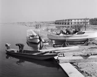 Az idényre készülő Velencei-tó