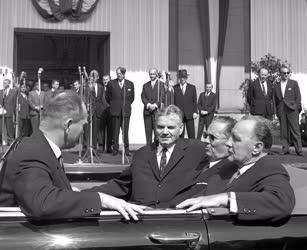 Külpolitika - Tito fogadása Budapesten