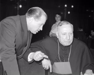 Belpolitika - Egyház - Az Országos Béketanács ülése