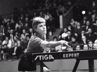 Sport - Asztalitenisz - Kisházi Beatrix