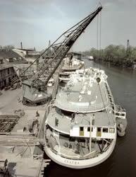 Ipar - Óbudai Hajógyár