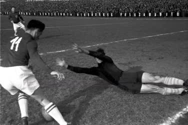 Sport - Honvéd-Textiles labdarúgó-mérkőzés