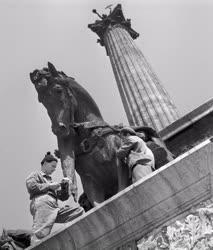 Emlékmű - Restaurálják a Millenniumi emlékművet