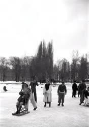Szabadidő - Téli üdülés Balatonlellén a SZOT üdülőben